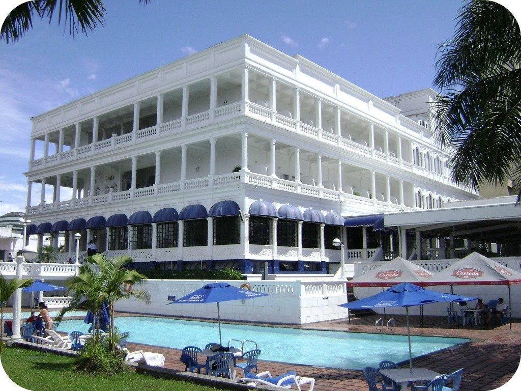 Hotel Tours B And B